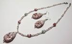 Бижутерия Двухслойное розовое колье с цветами